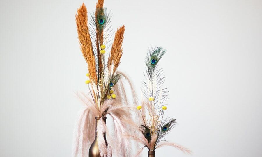Moderní květinové dekorace ze sušených rostlin